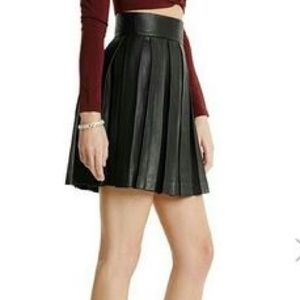 New Guess Marciano Audrey 100% leather pleated XS